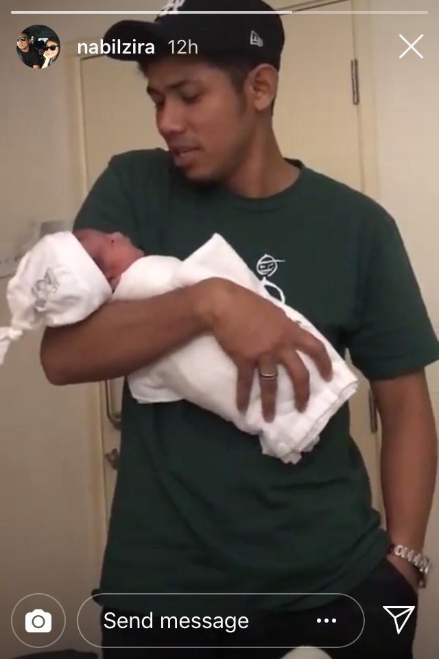 """""""Tahniah Bambil Dapat Baby Girl""""- Nabil Dan Zira Selamat Terima Anak Perempuan"""