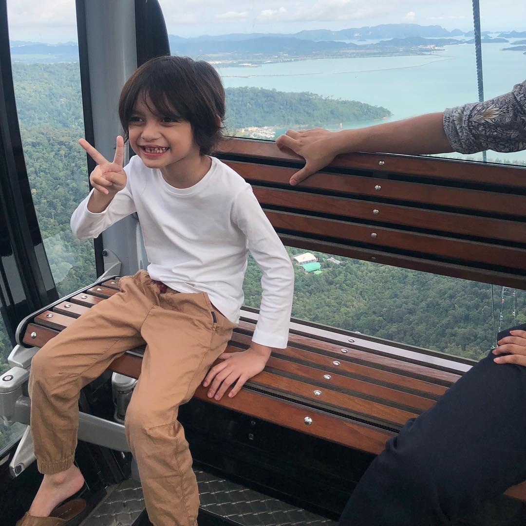 Hidap Masalah 'Speech Delay', Wawa Zainal Luah Syukur Anak Lulus Masuk Sekolah