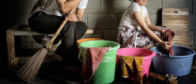 """""""Lost Contact Dengan Kawan"""" – Ini Antara 6 Sebab Wanita Bimbang Jadi Housewife"""