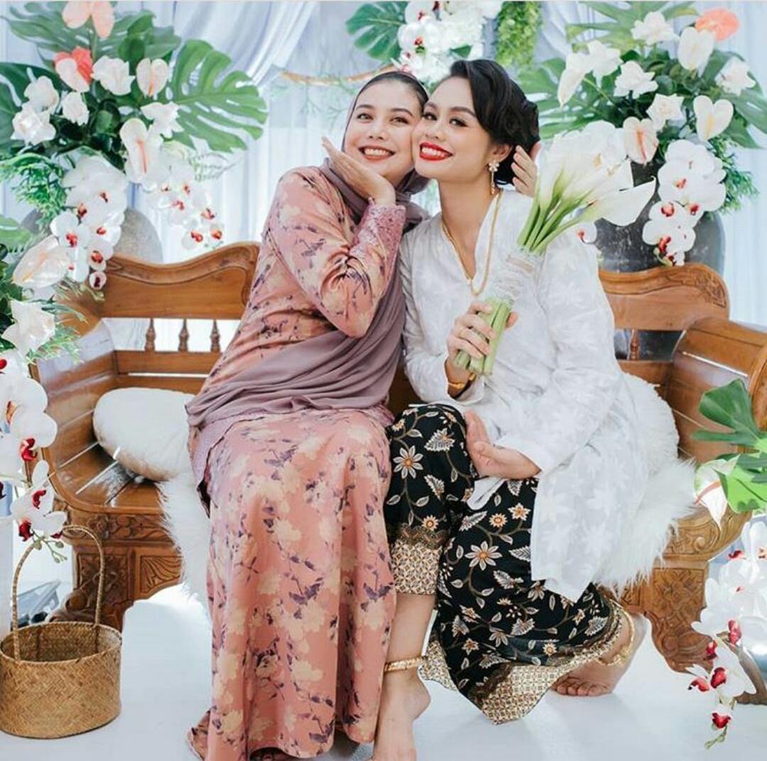 [FOTO] Tahniah! Tema Melayu Klasik, Syazwan Zulkifli & Syawalriah Sah Bertunang