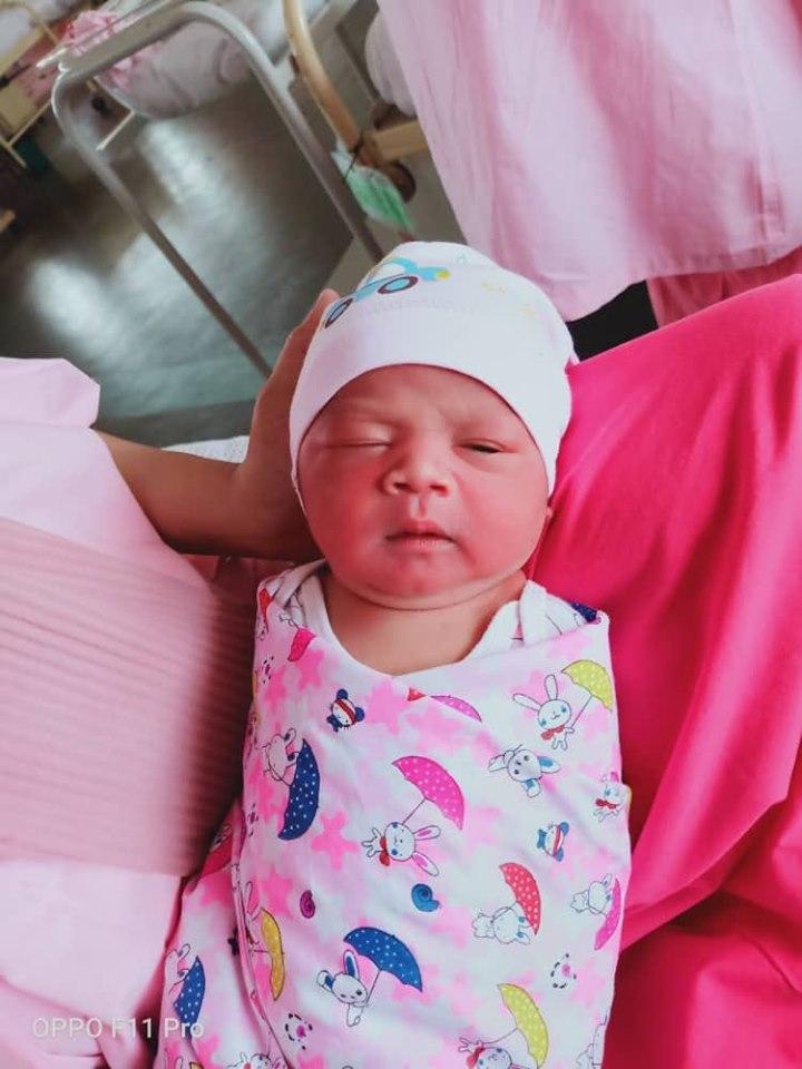 Masa Scan Perut Doktor Sahkan Baby Girl, Sekali Terkejut Sebab Keluar 'Belalai'