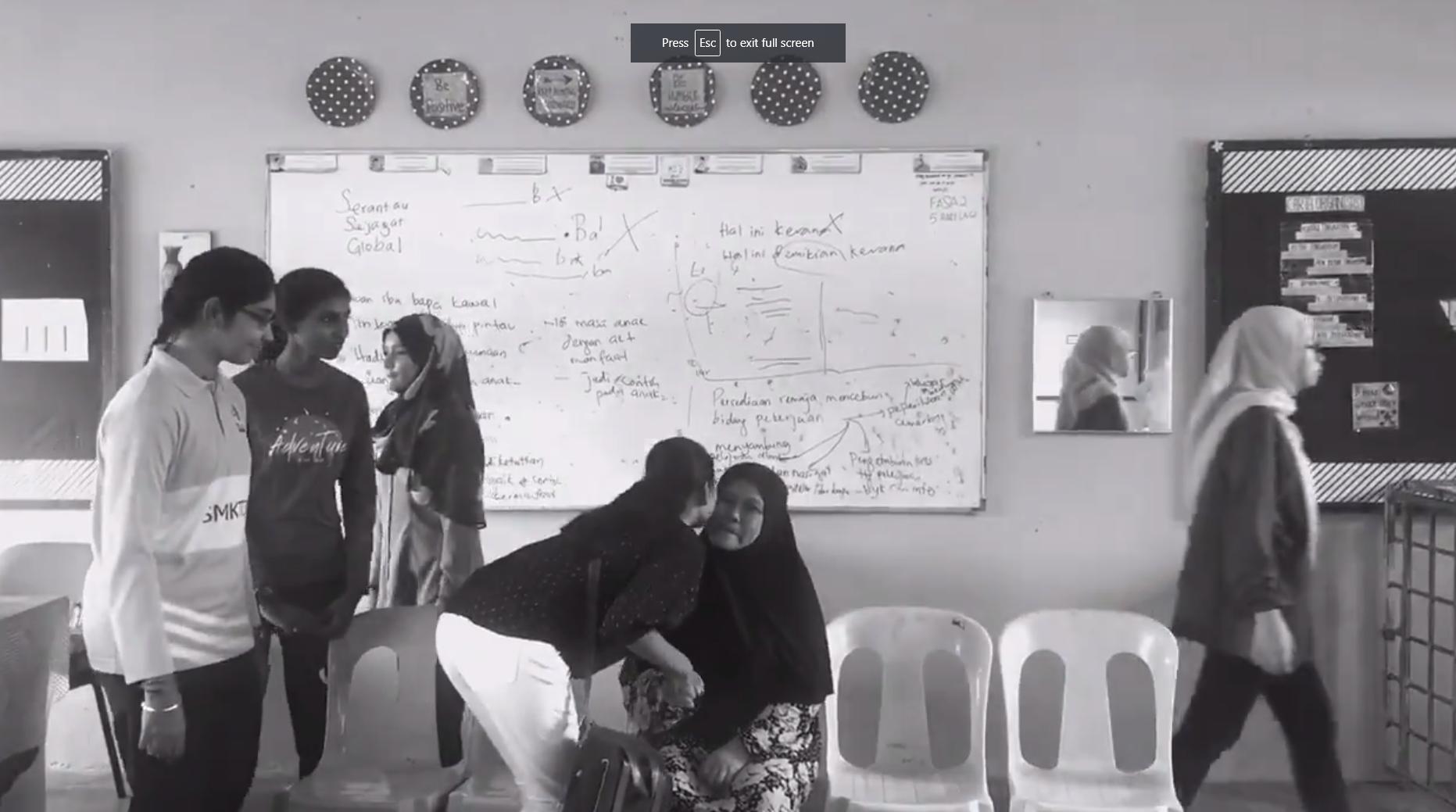 Viral Lagi Video Perpisahan Calon SPM 2019, Reaksi Akhir Guru Tambah 'Barai'