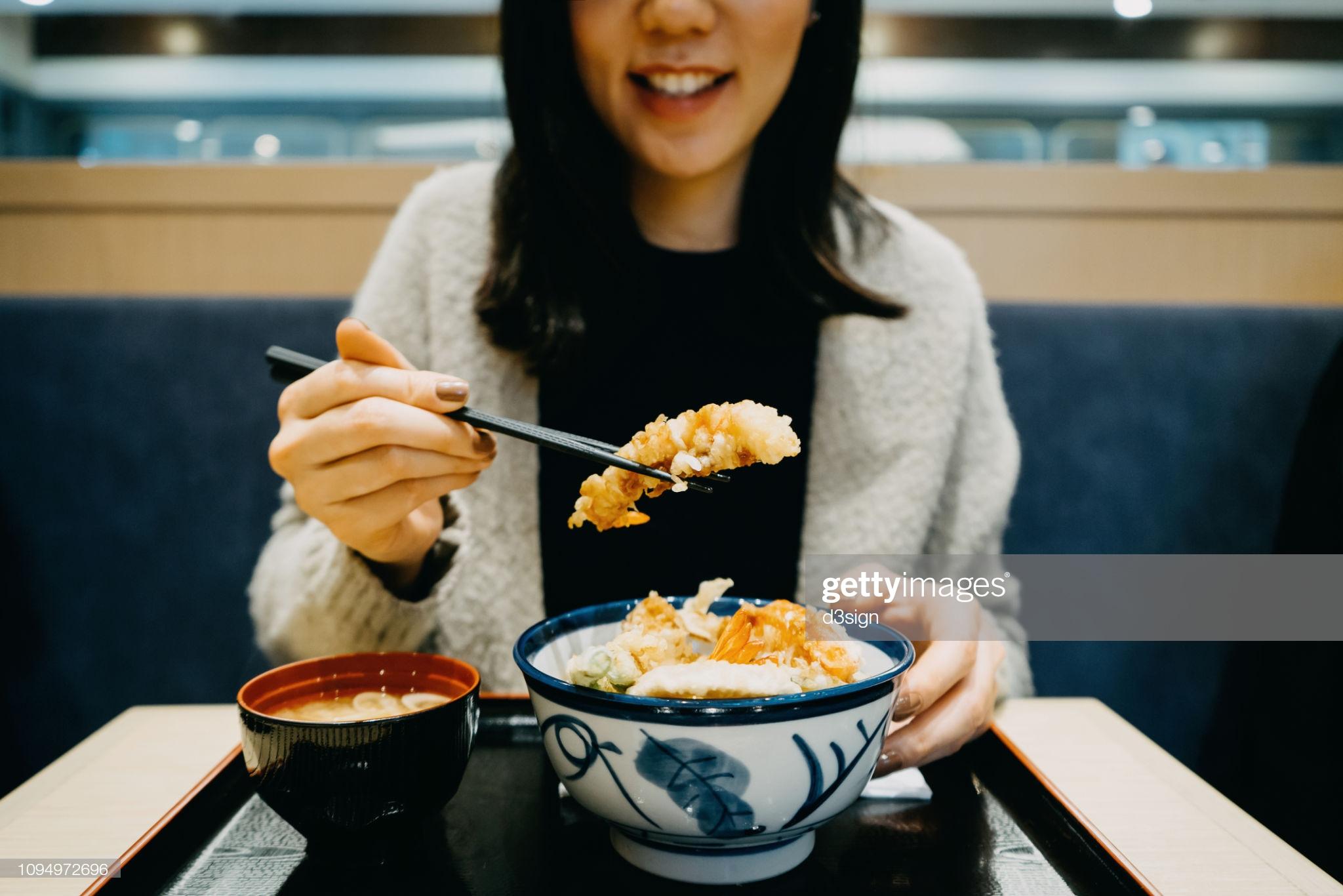 Awas Yang Asyik Fikir Pasal Makanan, Anda Mungkin Hidap 'Binge Eating Disorder'