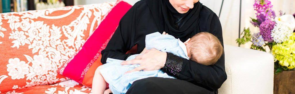 Ibu 'Breastfeed' Diperli Baby Tak Montel, Ada Yang Memandai Bagi Susu Formula