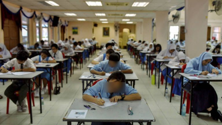 Cikgu Hadiahkan Duit Sebab UPSR Dapat 6A, Tapi Lain Pula Yang Dibuat Murid Ini