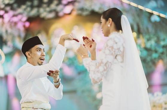 [VIDEO] Buat Perangai 'Gila-Gila' Masa Wedding, Ain Edruce Cetus Tawa Ramai