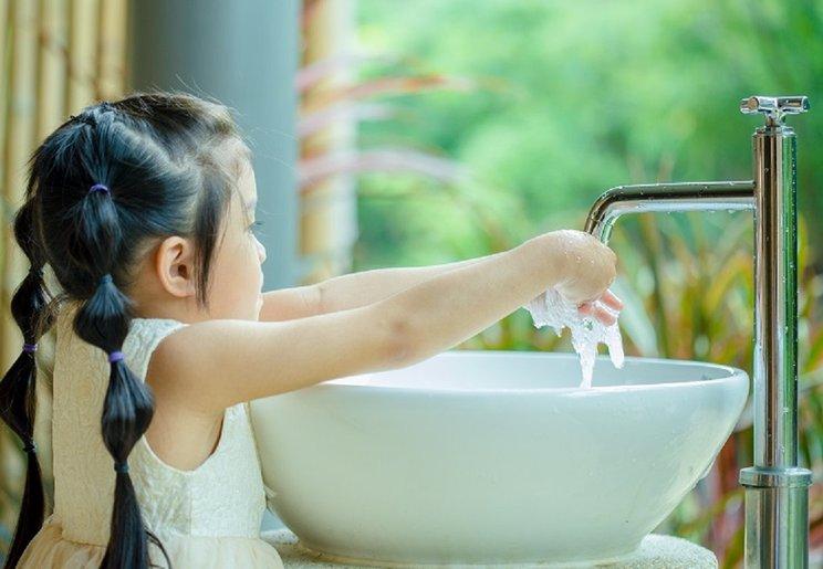Koronavirus Dah Singgah Singapura, Ikut 5 Tips Elak Berjangkit Ketika Bercuti