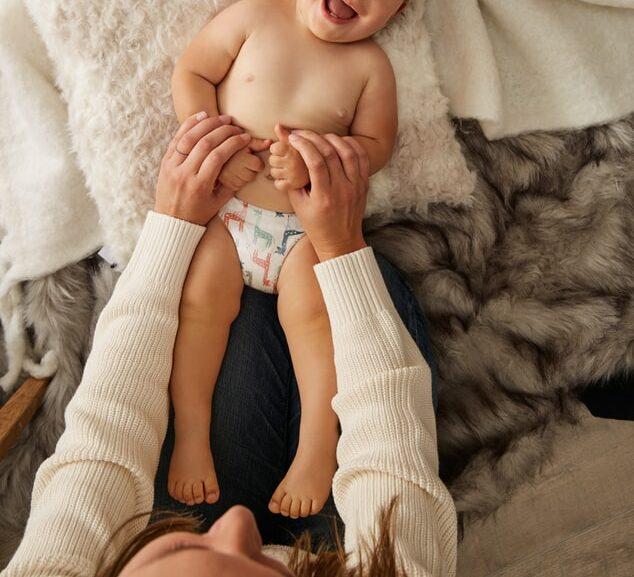 Manja Nak Berkepit 24 Jam, Rupanya Anak Anda Hadapi Situasi 'High Need Baby'
