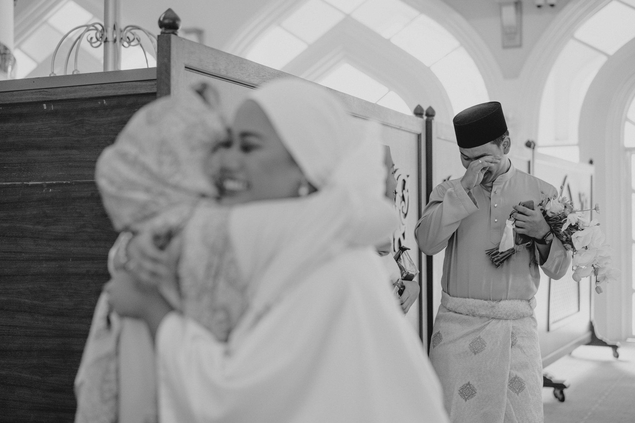 [FOTO] Akad Nikah Naik Kelisa Saja, Majlis Pengantin Ini Gamit Nostalgia Klasik