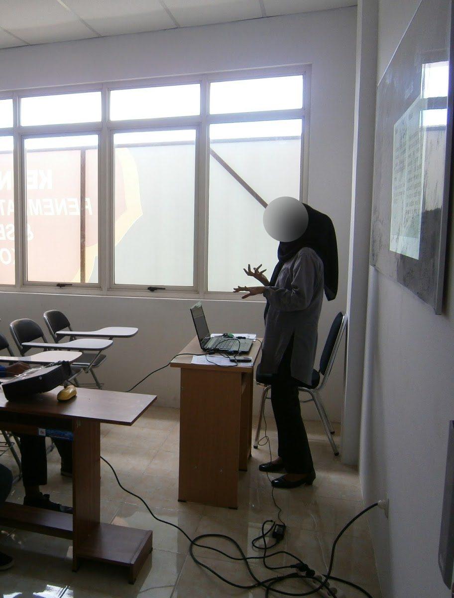 Hari Presentation Baru Tunjuk Muka, Inilah Hukum Ngelat Dalam Group Assignment