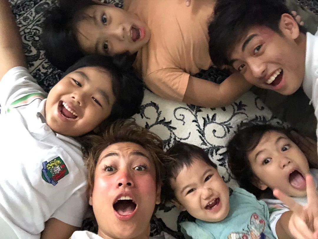"[VIDEO] ""Bila Mak Marah Anak, Suami Pun Kena""- Ragam Keluarga Johan Lawak Habis"