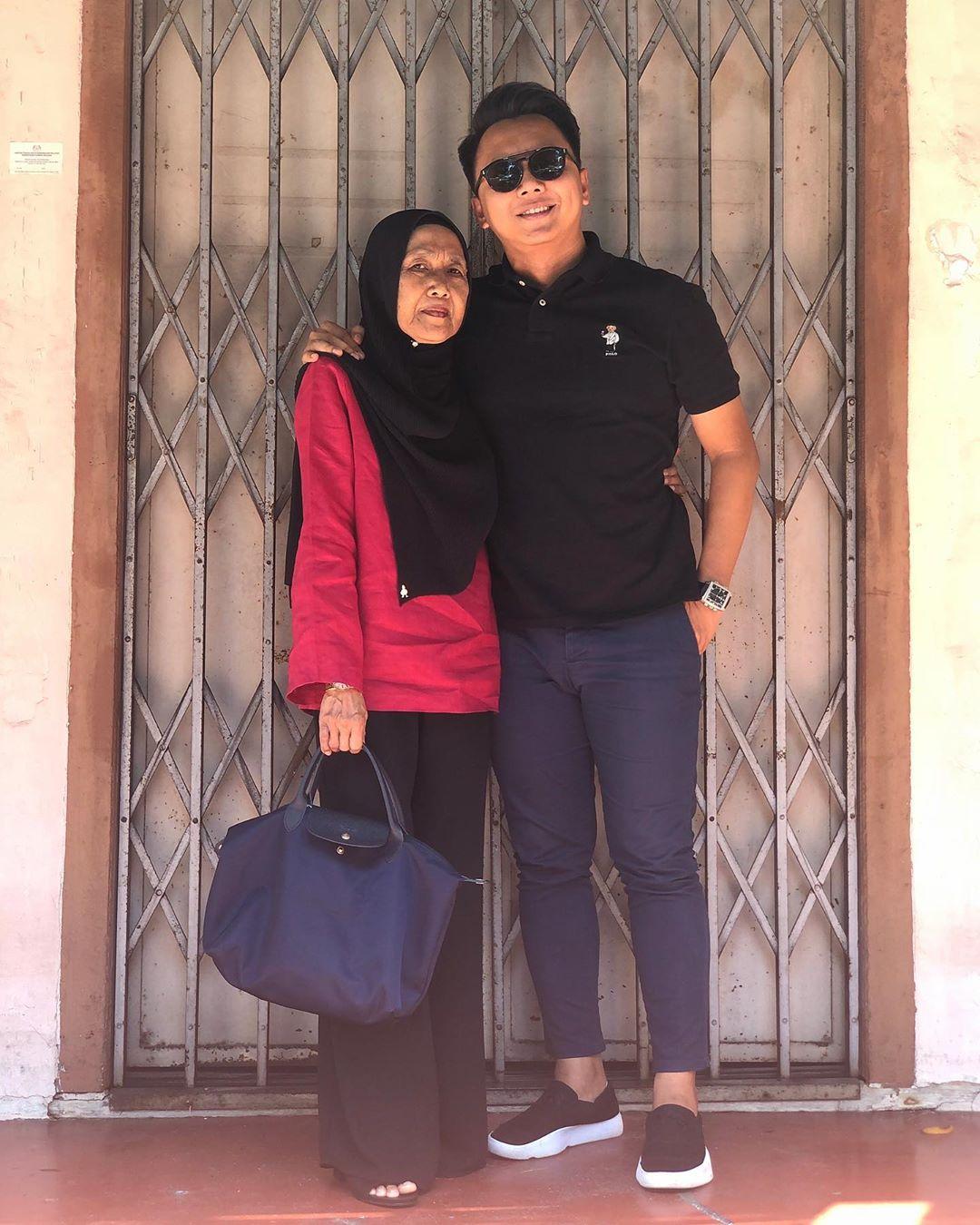 Kenangkan Ibu Tak Sihat, Radin Rela Tangguh Perkahwinan Dengan Pramugari Anggun