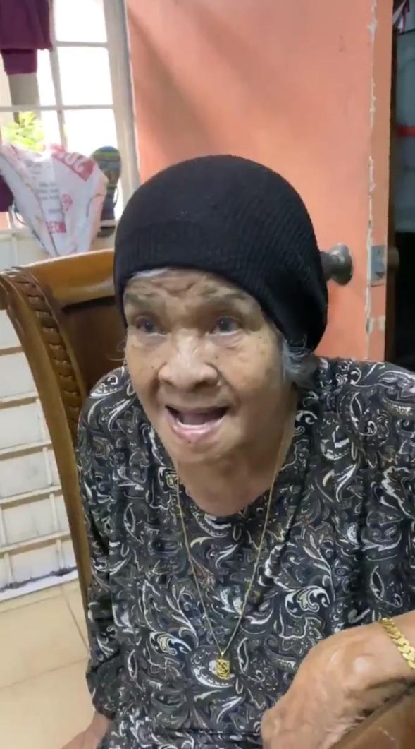 [VIDEO] Ingatkan Tak Pandai, Cucu 'Terciduk' Dengar Nenek Cakap Bahasa Jepun