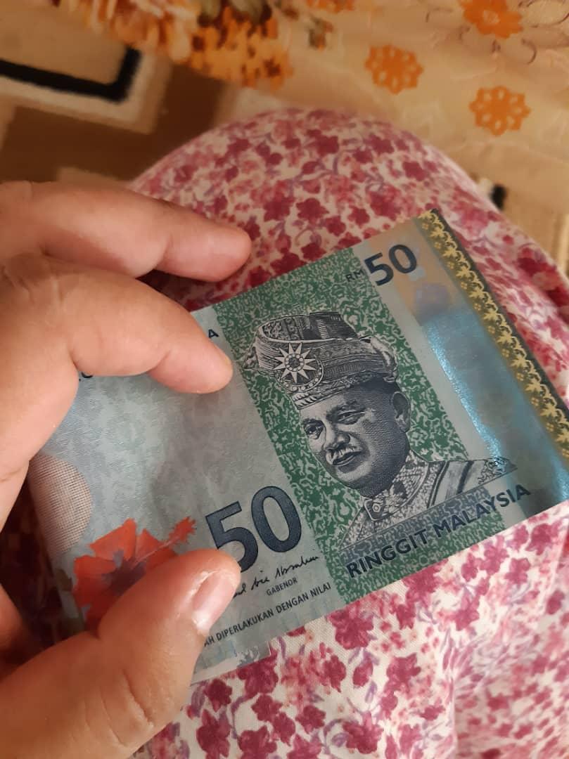 Menangis Wang Tinggal RM50, Usah Pertikai Mengapa Orang Susah Tiada Duit Saving