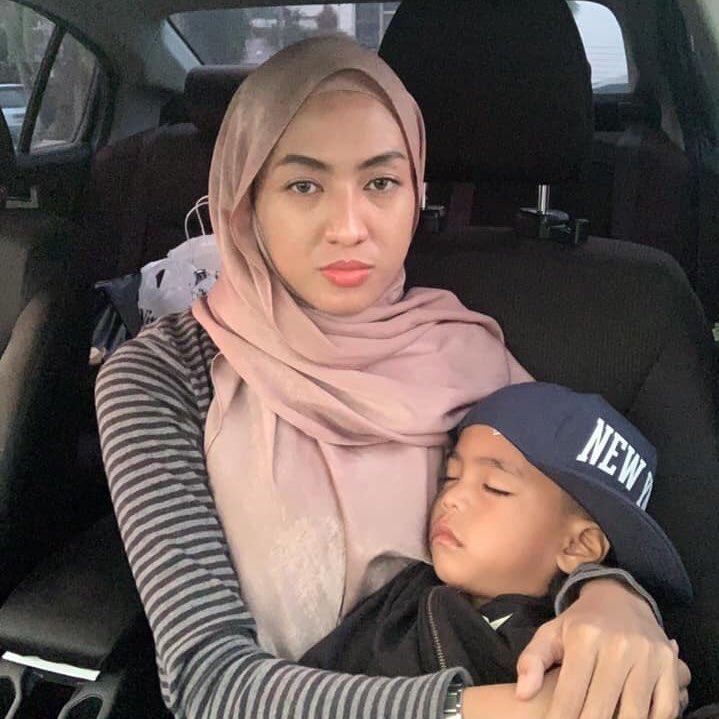 Awal-Awal Suruh Jadi Mak Angkat, Bila Dah Sayang Ibu Kandung Tuntut Semula Anak