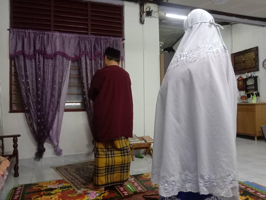 Jangan Takut Bagi Khutbah, Ini Panduan 'Imam Interim' Untuk Solat Raya Di Rumah