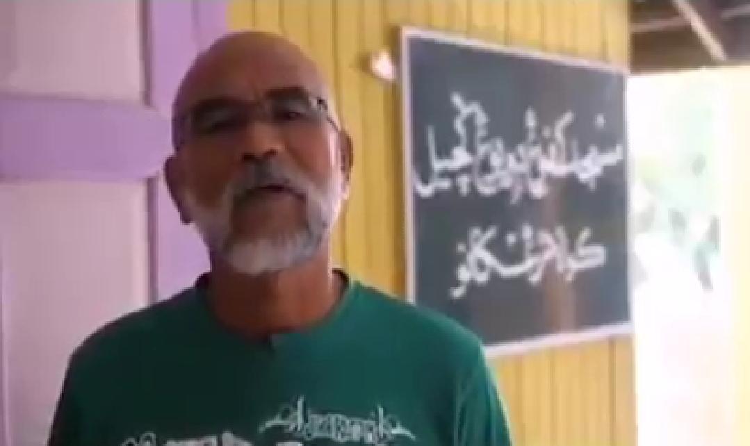 [VIDEO] Sampai Tersasul, Gelagat Pak Cik Bagi Ucapan Raya Buat Ramai Berdekah