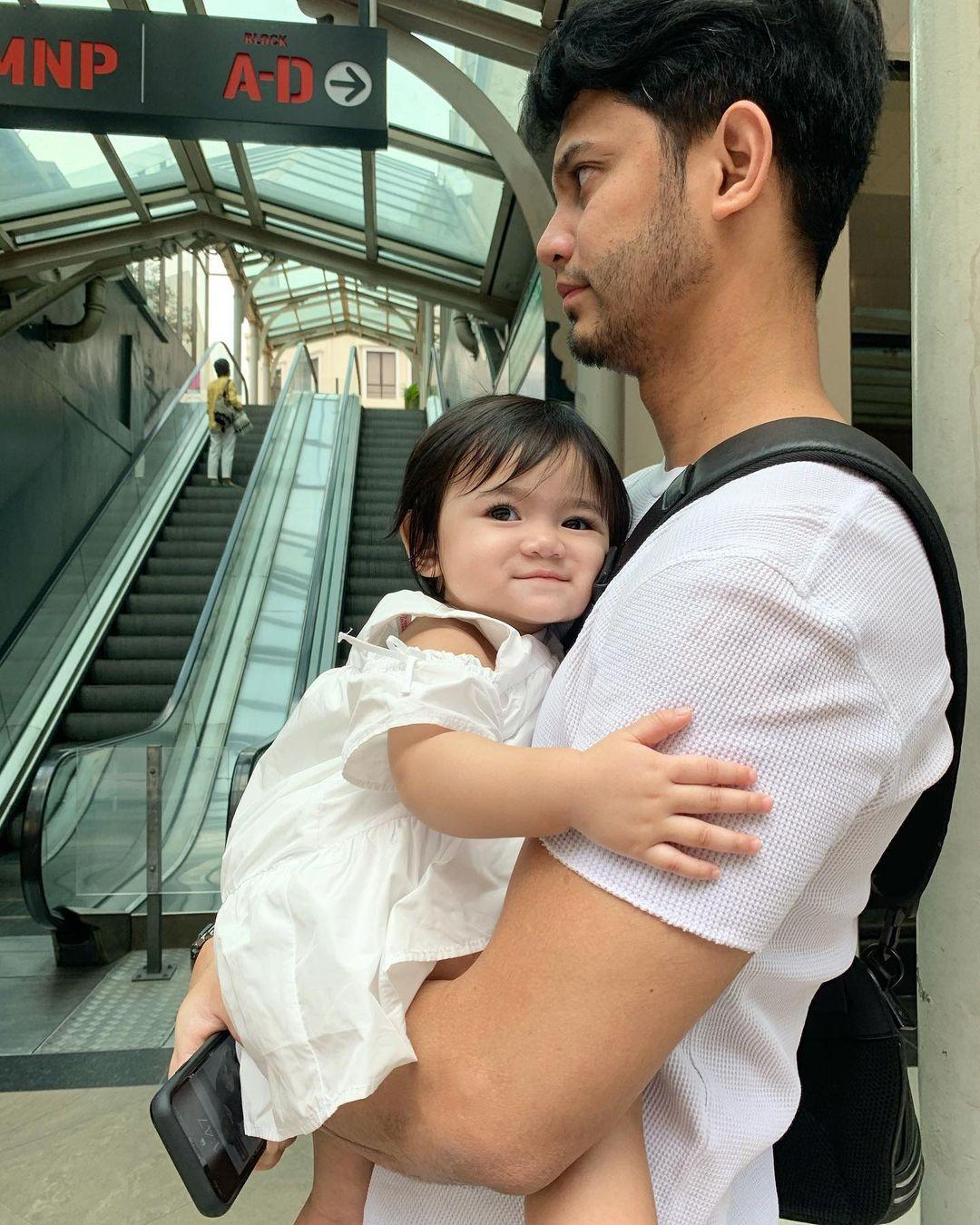 """Teman Daddy Makan, Netizen Perasan Sesuatu Kat Alisa Aisyah-""""Telan Air Liur.."""""""