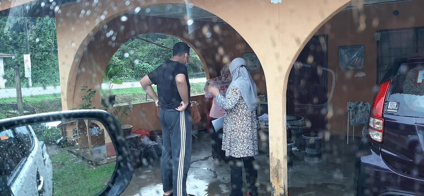 Sanggup Redah Hujan Serah Homework Di Rumah Pelajar, Sikap Mulia Guru Dipuji