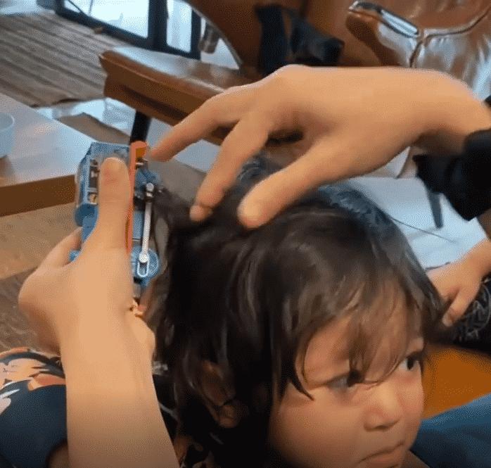 [VIDEO] Sangkut Train Pada Rambut Adik, Syatilla 'Pening' Layan Perangai Anak
