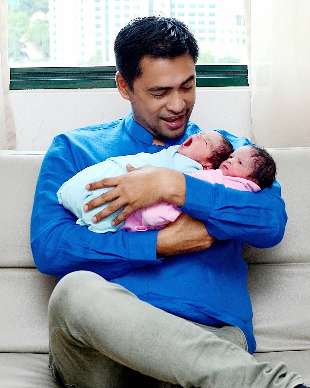 Impikan Semua Anak Jadi Doktor, Photoshoot Twins Dr. Sheikh Muszaphar Win Habis