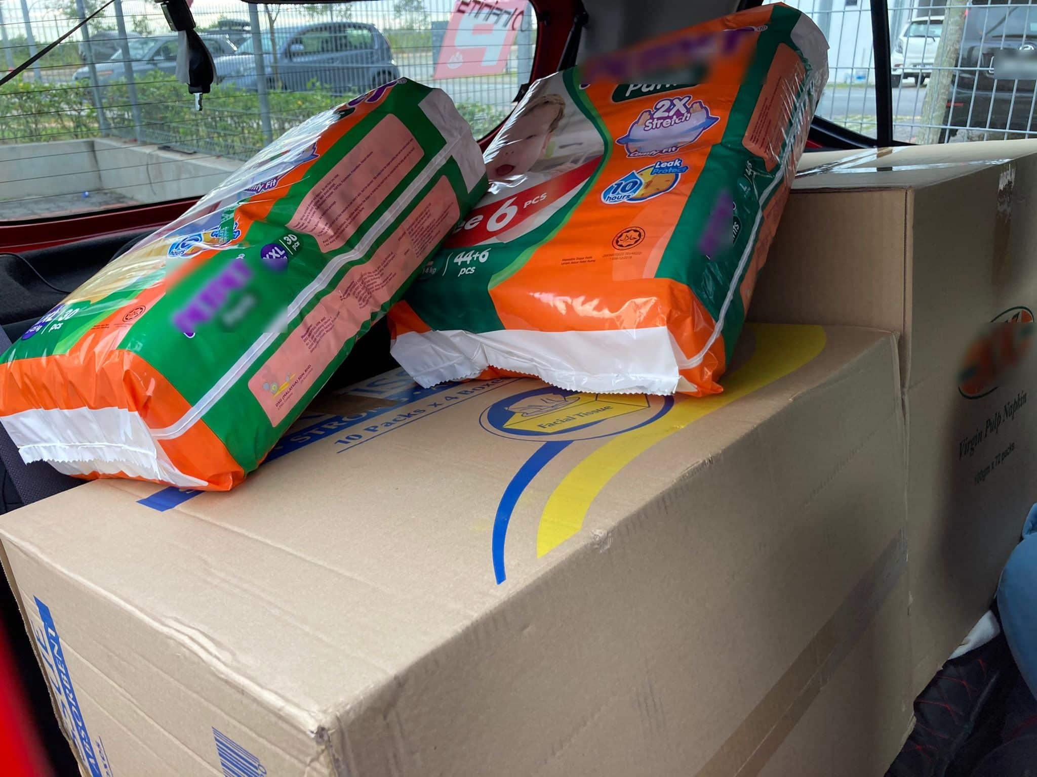 Derma RM1K Barangan Banjir, Lelaki Cuma Harap Doakan Ibu Strok Sihat Kembali