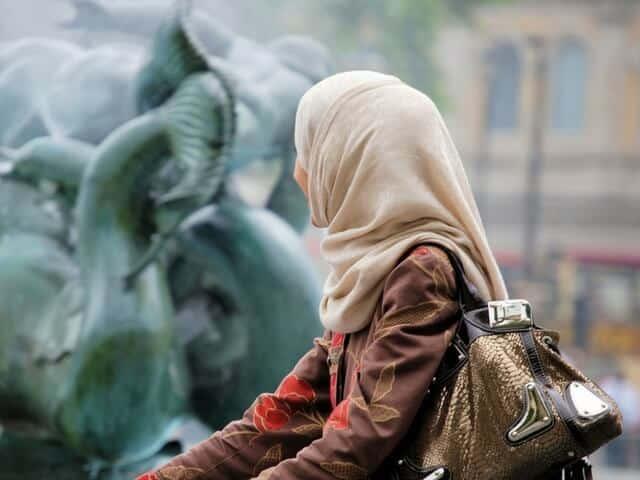 Ada Isteri Tak Pernah Pakai Emas Walau Cincin, Selalu Dahulu Wang Pada Keluarga