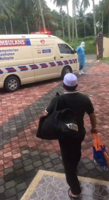 [VIDEO] Satu Keluarga Terpaksa Kuarantin Berasingan, Luahan Nenek Paling Sebak