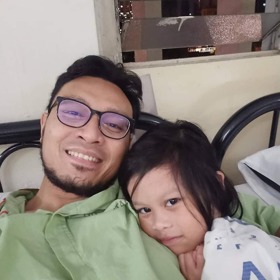 Anak Berani Naik Ambulans Sorang, Akhirnya Bersatu Dengan Ayah Kuarantin Sekali